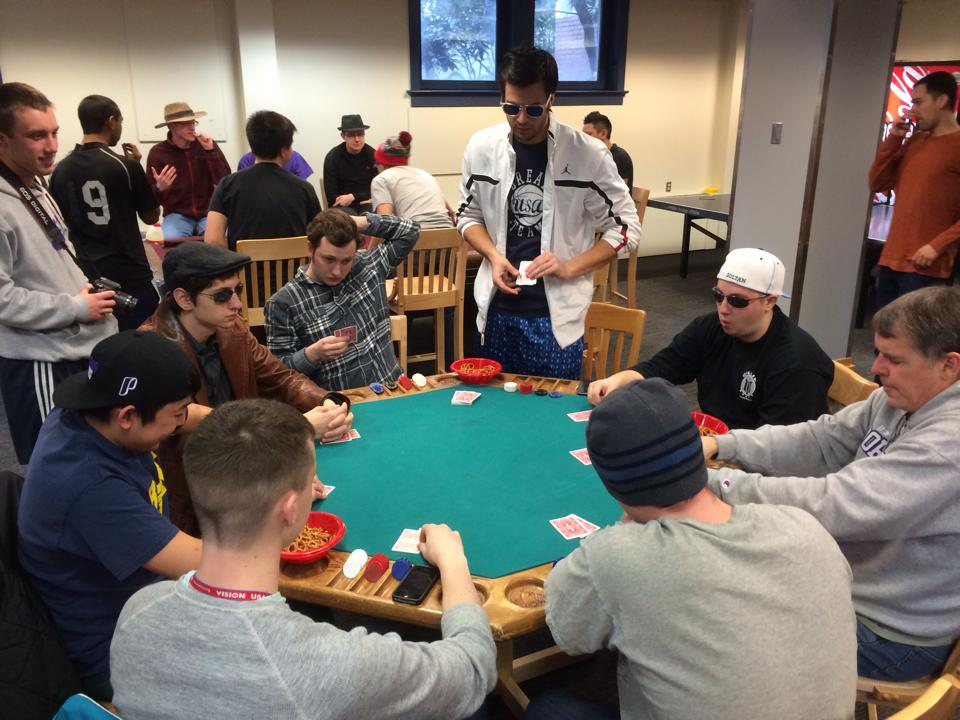 How to Develop Your Strategy For A Poker Tournament?